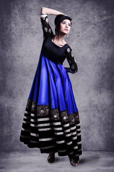Pakistani Party Wear Dresses by Zunaira Lounge Formal Dresses Collection 2015-16 for Women (14)