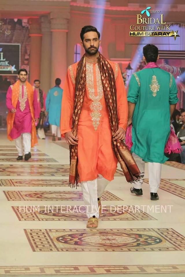 Umer Sayeed Bridal Collection,Telenor Bridal Couture Week 2014-2015  Famous Pakistani Designer Wedding Collections (10)
