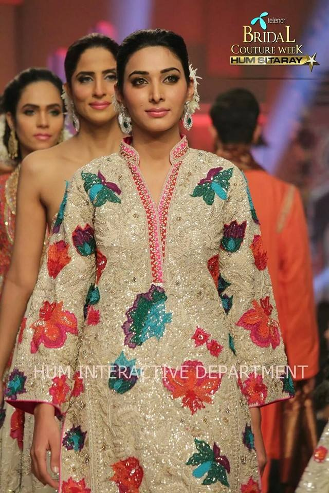 Umer Sayeed Bridal Collection,Telenor Bridal Couture Week 2014-2015  Famous Pakistani Designer Wedding Collections (45)