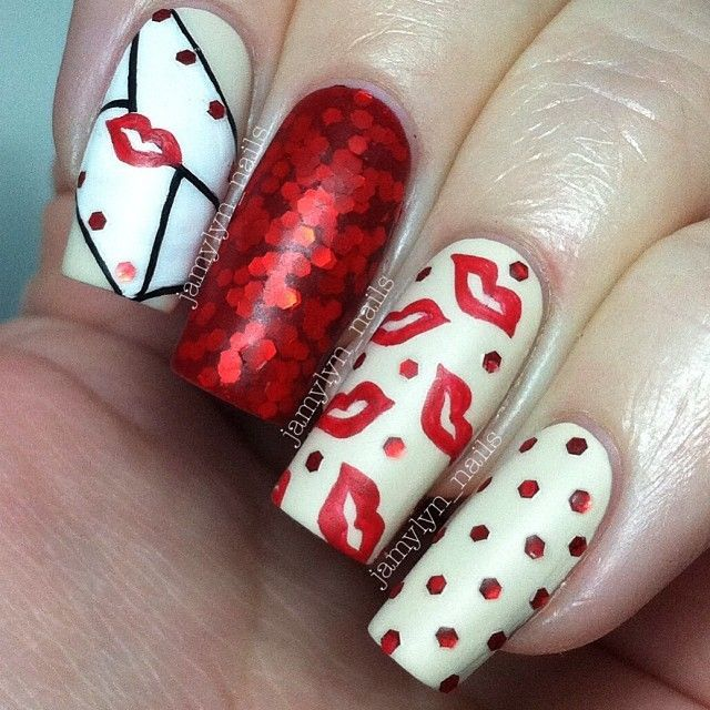 French Tip - romantic nail art designsBest & Beautiful Nail Art Designs & Ideas to Spice up your Valentines Day (8)