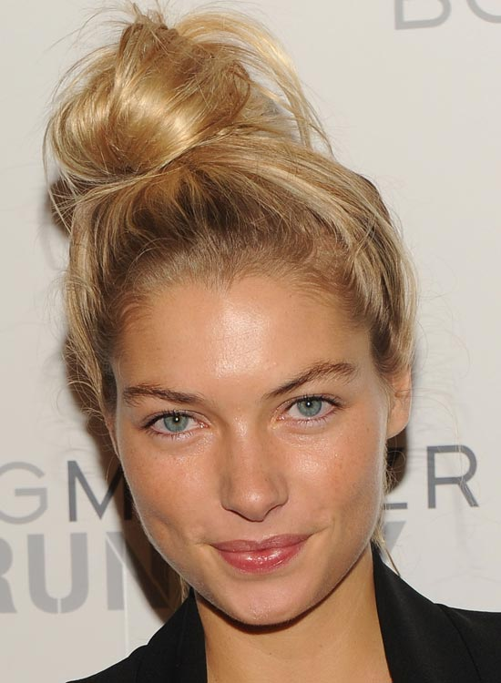 4-Casual-Twisted-High-Bun (2)