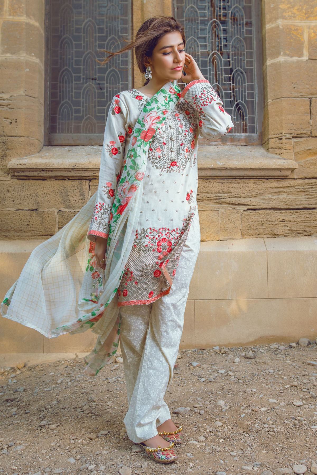 AlKaram Stylish Eid Dresses Festival Collection 2016-17 (14)