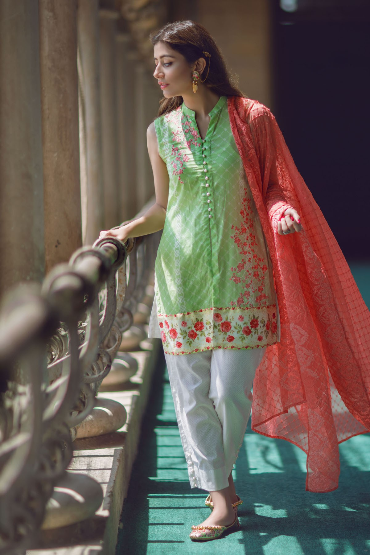 AlKaram Stylish Eid Dresses Festival Collection 2016-17 (4)
