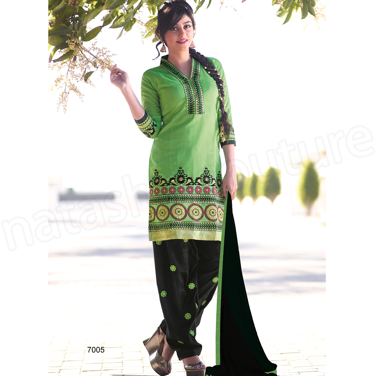 Latest Indian Patiala shalwar kameez fashion 2015-2016 (19)