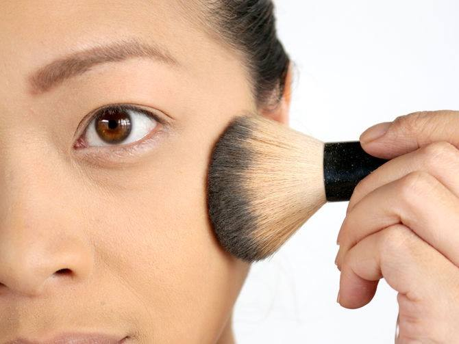 how to apply base makeup perfectly (3)