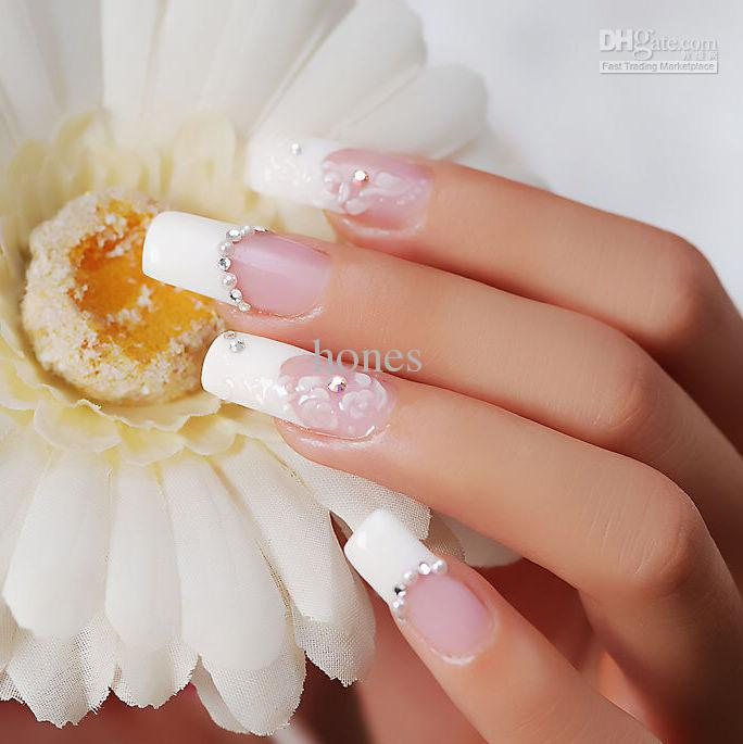 Best & Amazing Rhinestone Nail Arts (1)