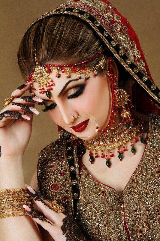 indian bridal makeup looks (14)
