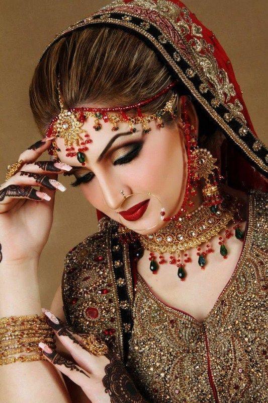 indian bridal makeup looks (14)