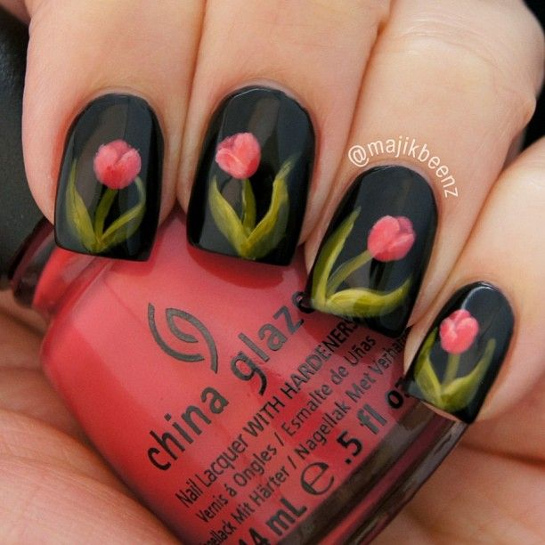 Floral Tulip Nail Arts for Christmas (5)
