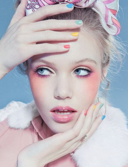 gorgeous pastel makeup looks (10)