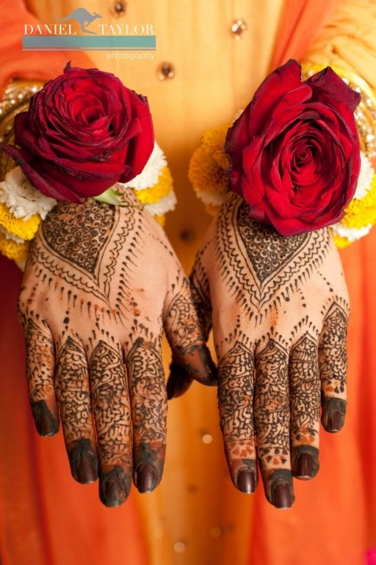 Latest Bridal Mehandi Designs Trends for Weddings (13)