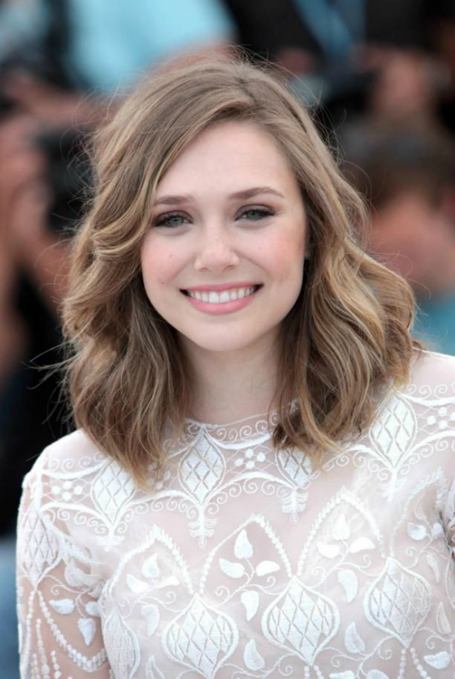 Elizabeth-Medium-Length-Hairstyle-Classic Shoulder Length Hairdos