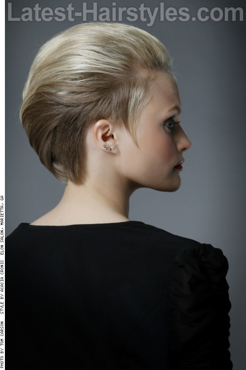 Chic-Short-Hairstyle-for-Summer-Back