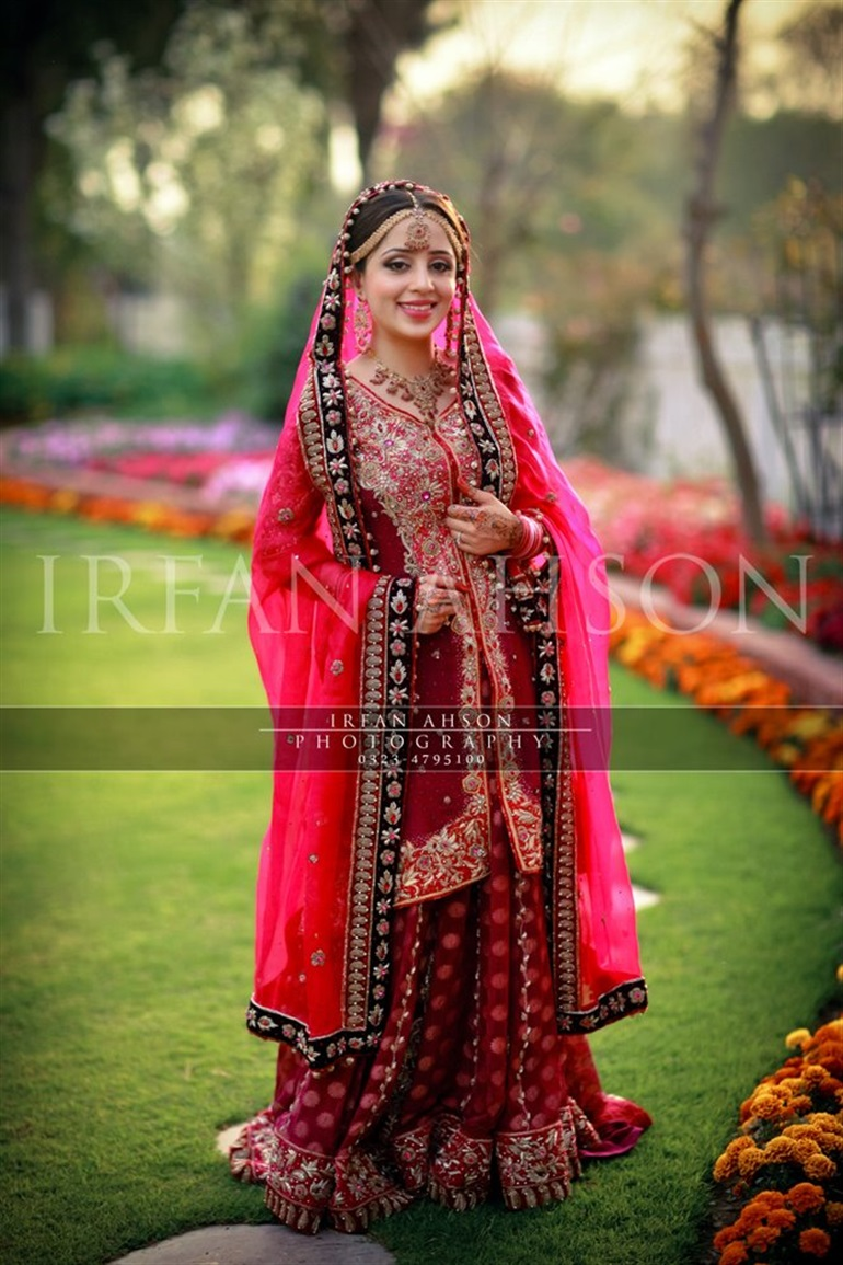Latest Barat Day Wedding Dresses Designs Collection 2016-2017 (2)