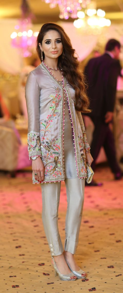 Party Wear Embroidered Dresses Designs Collection 2016-2017 (20)