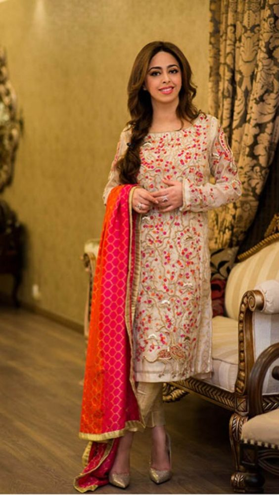 Party Wear Embroidered Dresses Designs Collection 2016-2017 (22)