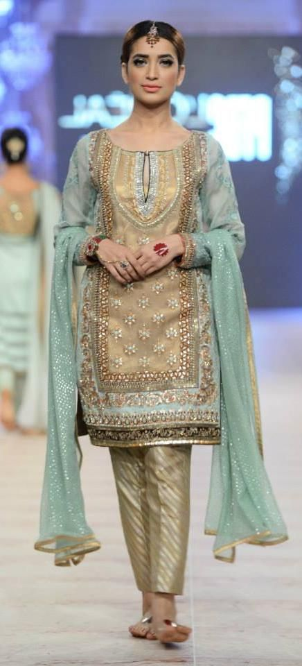 Party Wear Embroidered Dresses Designs Collection 2016-2017 (24)