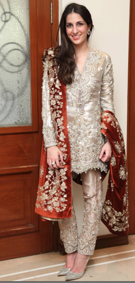 Party Wear Embroidered Dresses Designs Collection 2016-2017 (26)