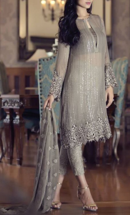 Party Wear Embroidered Dresses Designs Collection 2016-2017 (27)