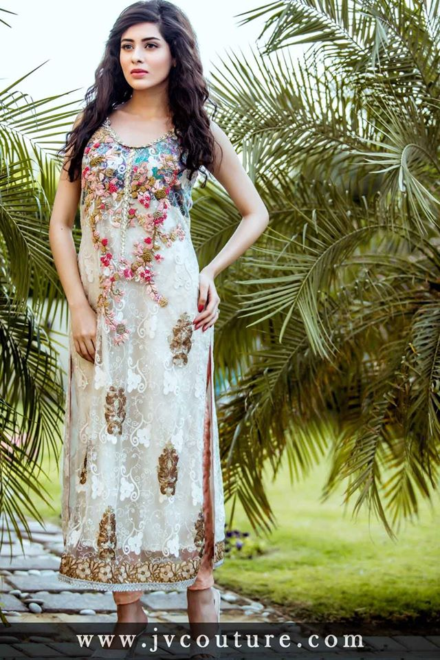 Party Wear Embroidered Dresses Designs Collection 2016-2017 (3)