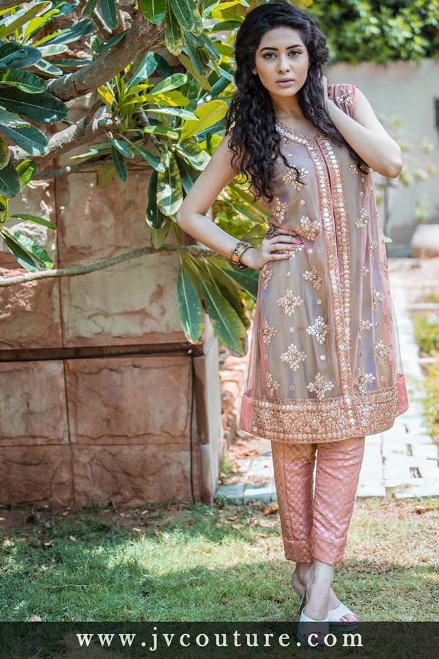 Party Wear Embroidered Dresses Designs Collection 2016-2017 (4)