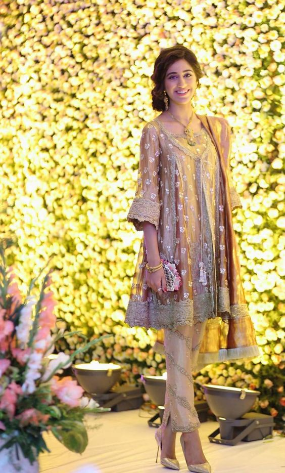 Party Wear Embroidered Dresses Designs Collection 2016-2017 (8)