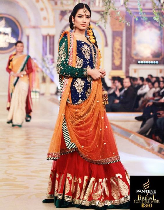 Bridal Mehndi Dresses Collection (11)