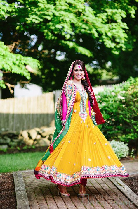 Bridal Mehndi Dresses Collection (12)