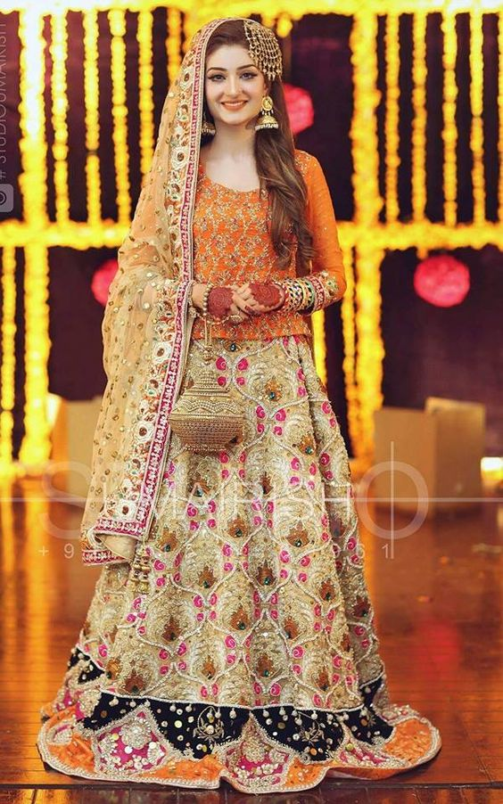 latest designs for mehndi dresses