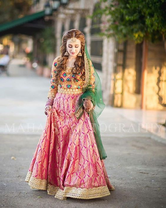Bridal Mehndi Dresses Collection (6)