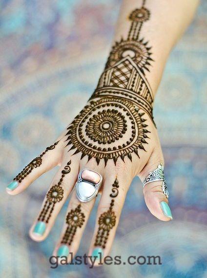 Simple & Best Eid Mehndi Designs for Girls 2016-2017 (37)