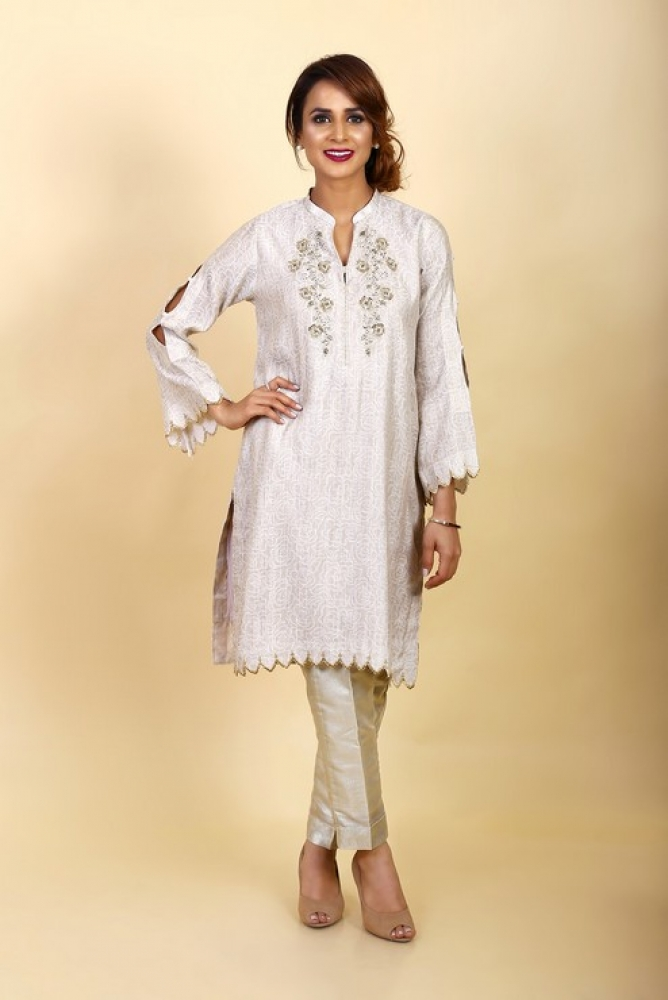 Latest Women Kurta Styles Designs 2018-19 by Change Kurta Collection (11)