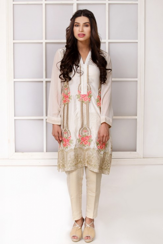 Latest Women Kurta Styles Designs 2018-19 by Change Kurta Collection (18)