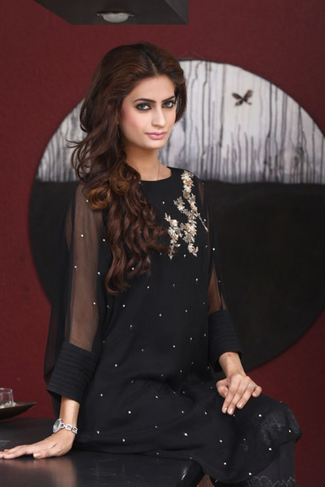 Latest Women Kurta Styles Designs 2018-19 by Change Kurta Collection (8)