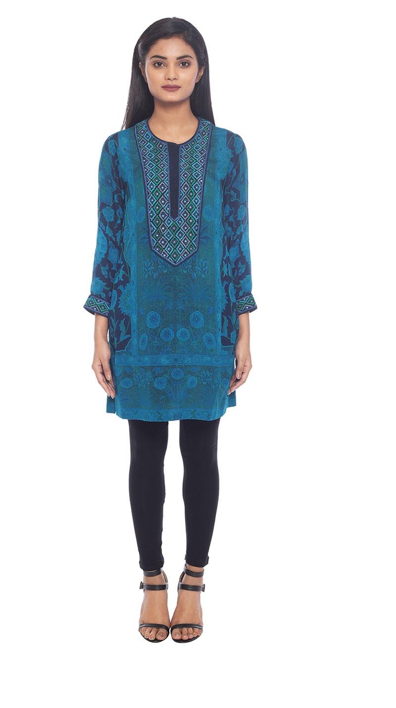 Ritu Kumar Latest Indian Kurtis & Tunics Designs (12)