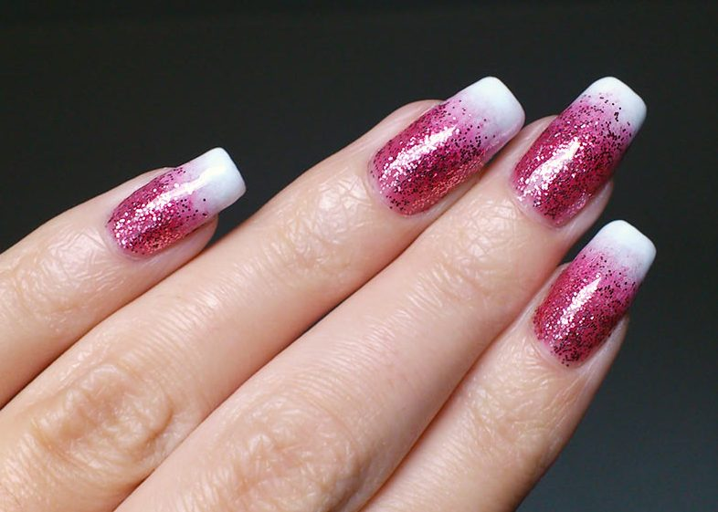 glitter-tipped-french-manicure-3-top-5-best-diy-nail-arts-for-christmas-holiday-season