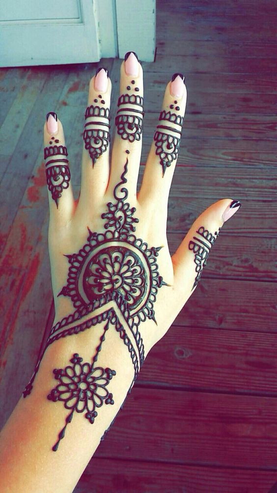 henna-tattoos-for-hands-3