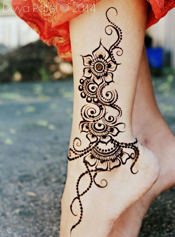 henna-tattoos-for-feet-2