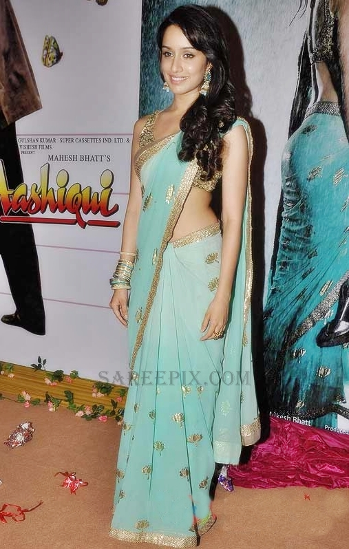 shraddha-kapoor-bling-saree-blouse-1