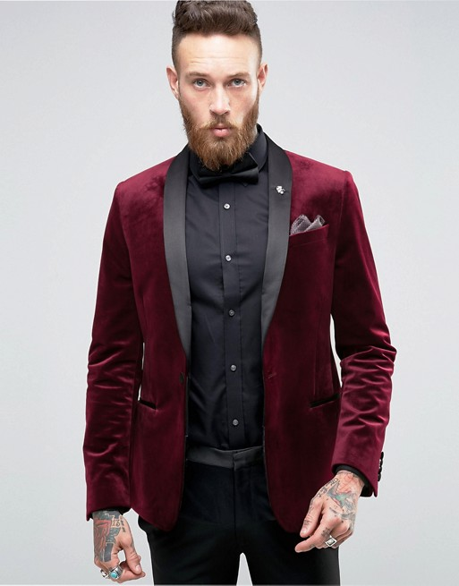 burgundy-velvet-mens-christmas-dress-up-trends-1