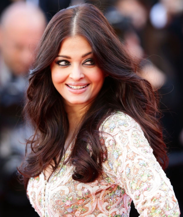 Aishwarya-Rai- Top 10 Famous Indian Celebrity Hairstyle Inspirations (2)
