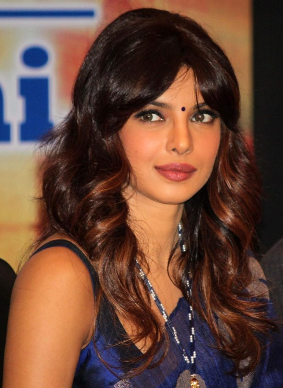 Priyanka Chopra- Top 10 Famous Indian Celebrity Hairstyle Inspirations (2)