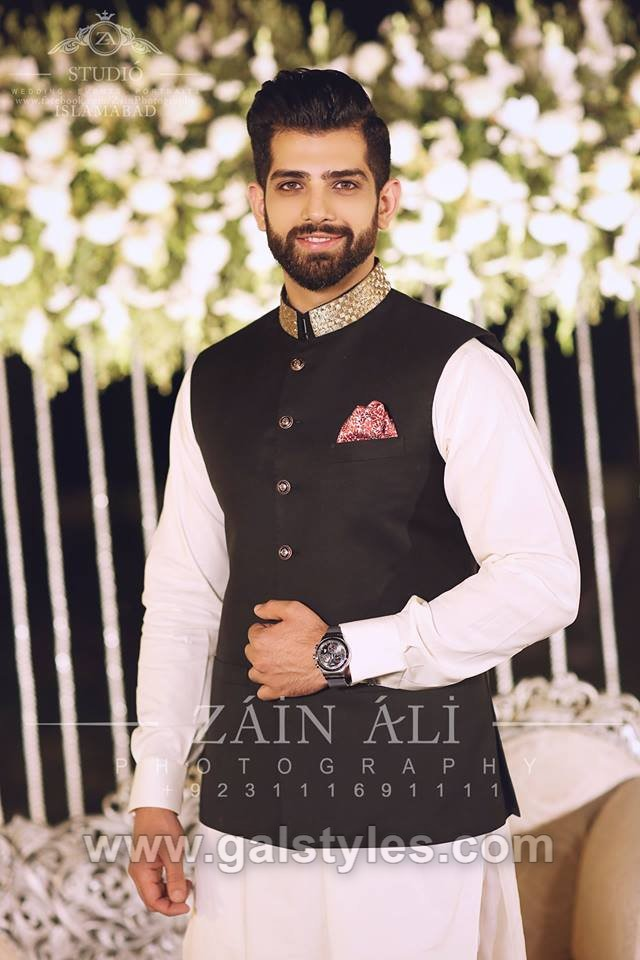 cee58623ce ... Latest Men Mehndi Dresses Kurta Shalwar Wedding Collection 2018-2019  (12) ...