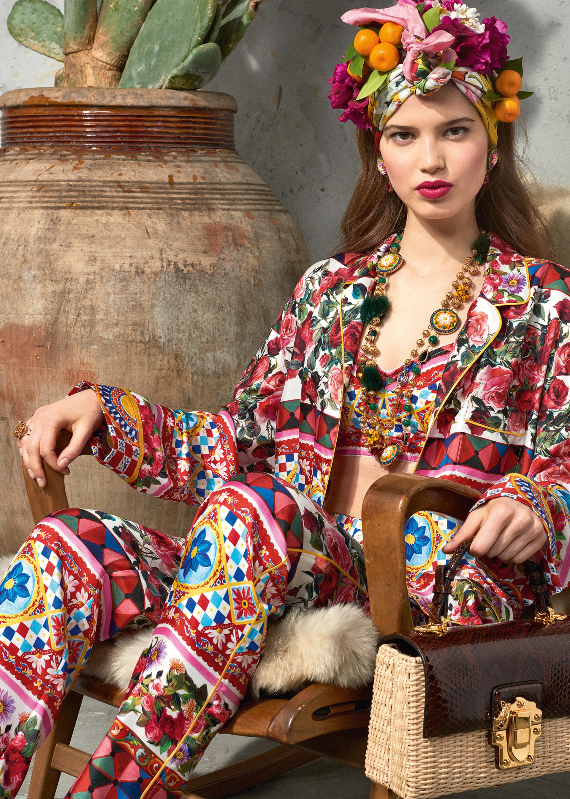 Dolce & Gabbana Latest Trends Women Mambo (1)
