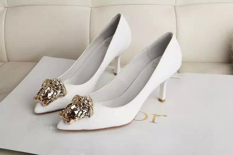 versace latest clothing men women trends  bags  shoes