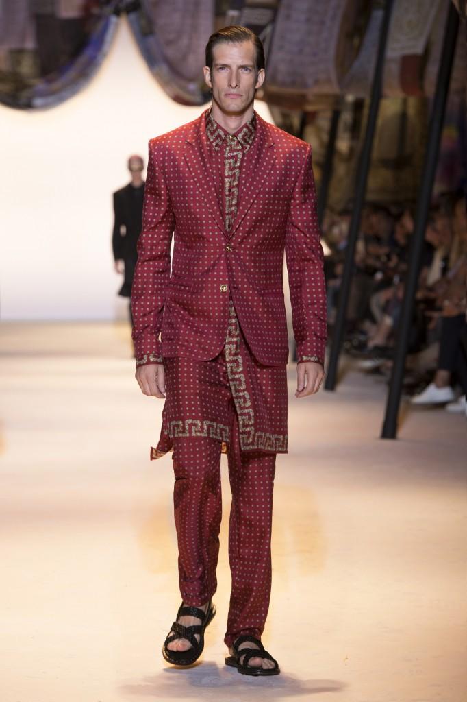 Versace Latest Clothing Men Women Trends, Bags, Shoes -6762