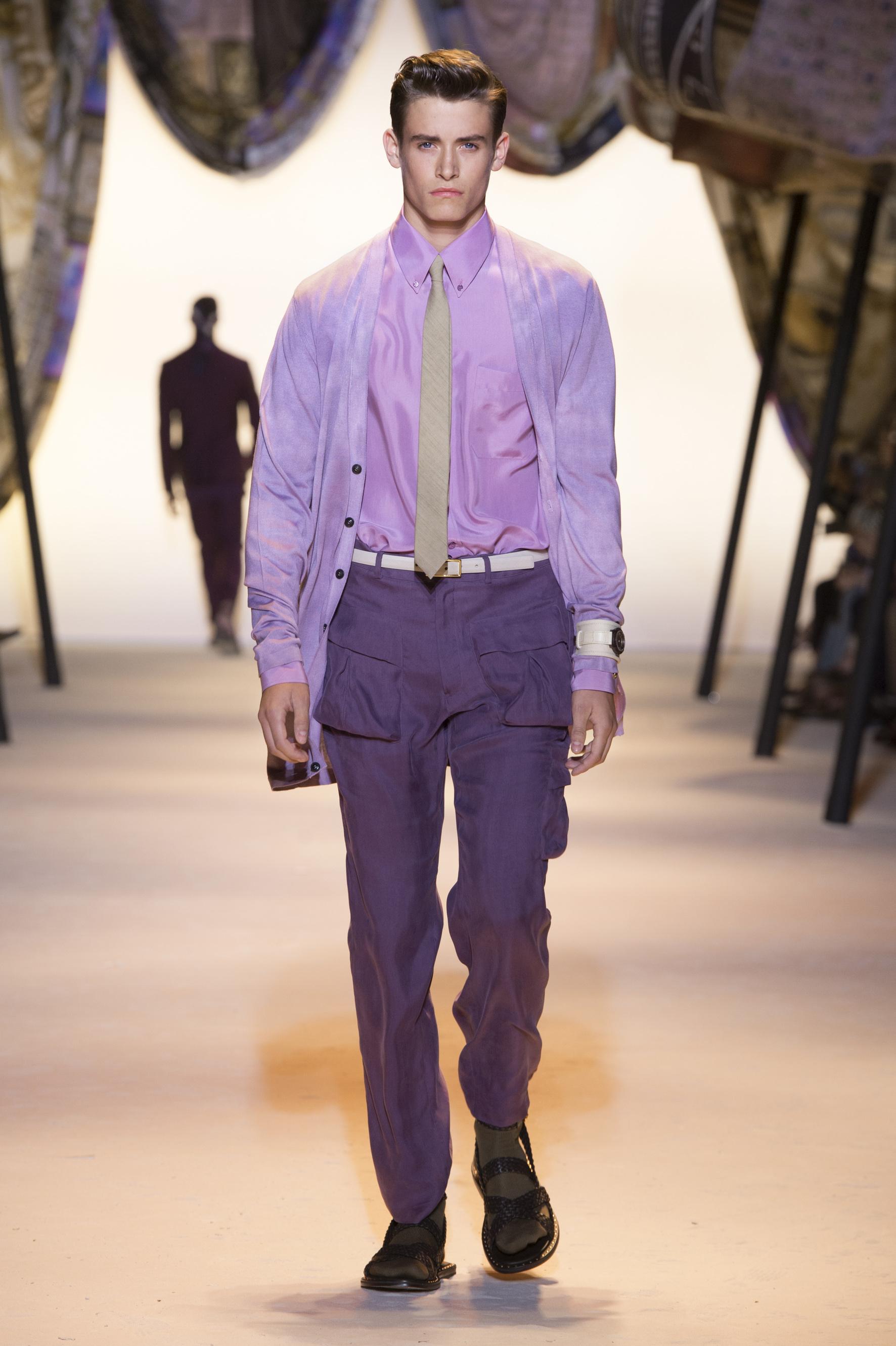 Versace Latest Clothing Men Women Trends for men Dresses (2)