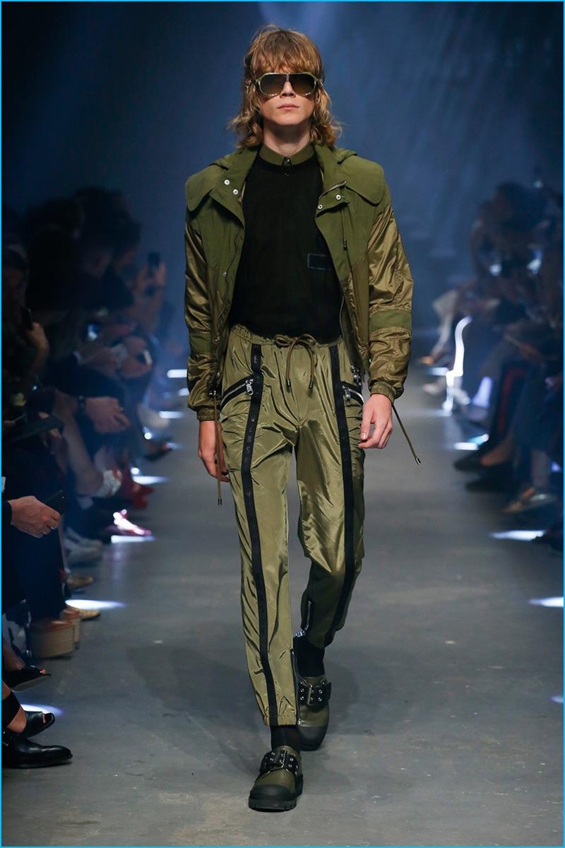 Versus Versace Latest Clothing Men Women Trends spring summer 2017 (2)