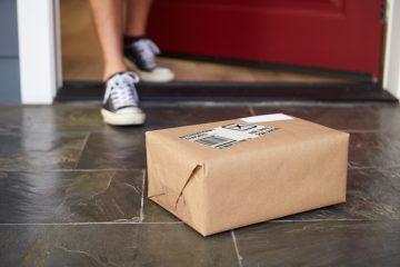 online shopping parcel arrival